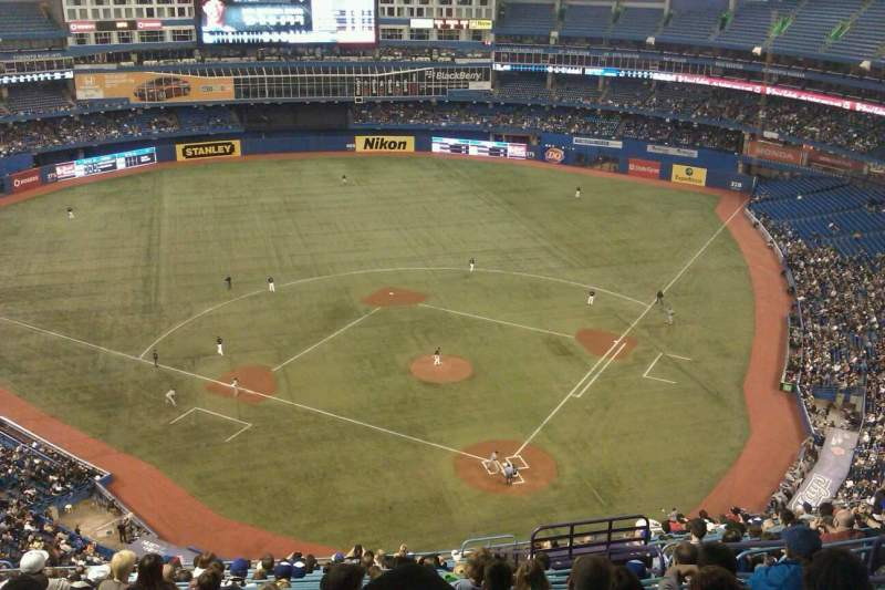 Seating view for Rogers Centre Section 525L Row 21 Seat 106