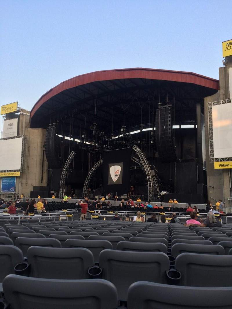 Seating view for Jones Beach Theater Section G Row TT Seat 6