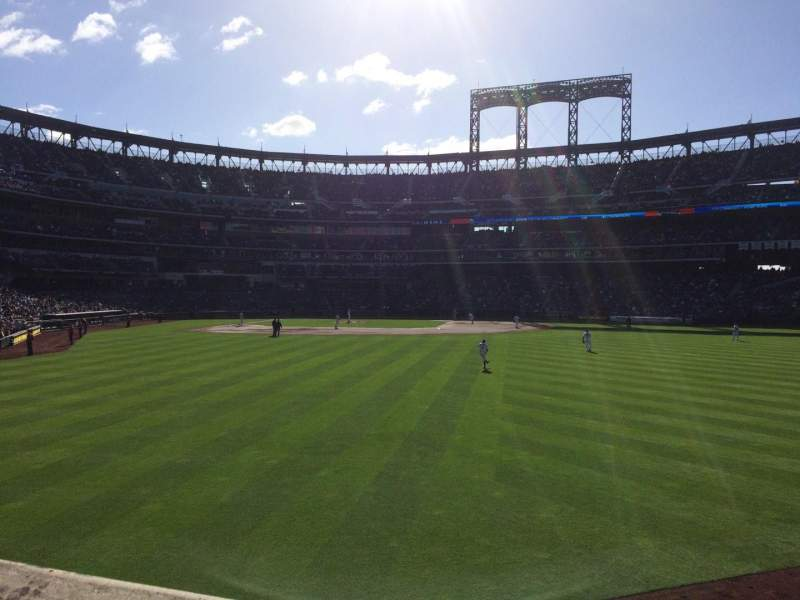 Seating view for Citi Field Section 101 Row 5 Seat 25