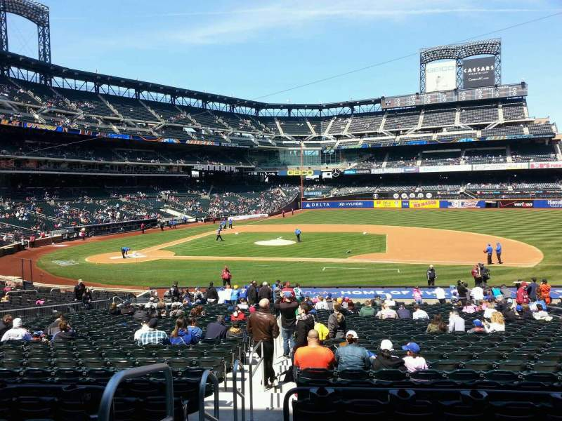 Seating view for Citi Field Section 113 Row 26 Seat 1