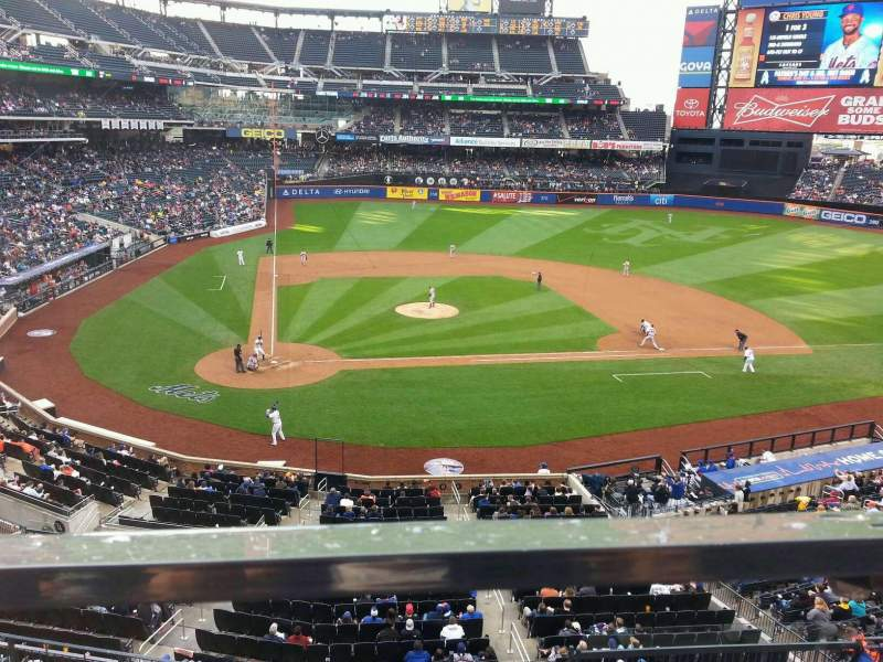 Seating view for Citi Field Section 315 Row 1 Seat 13