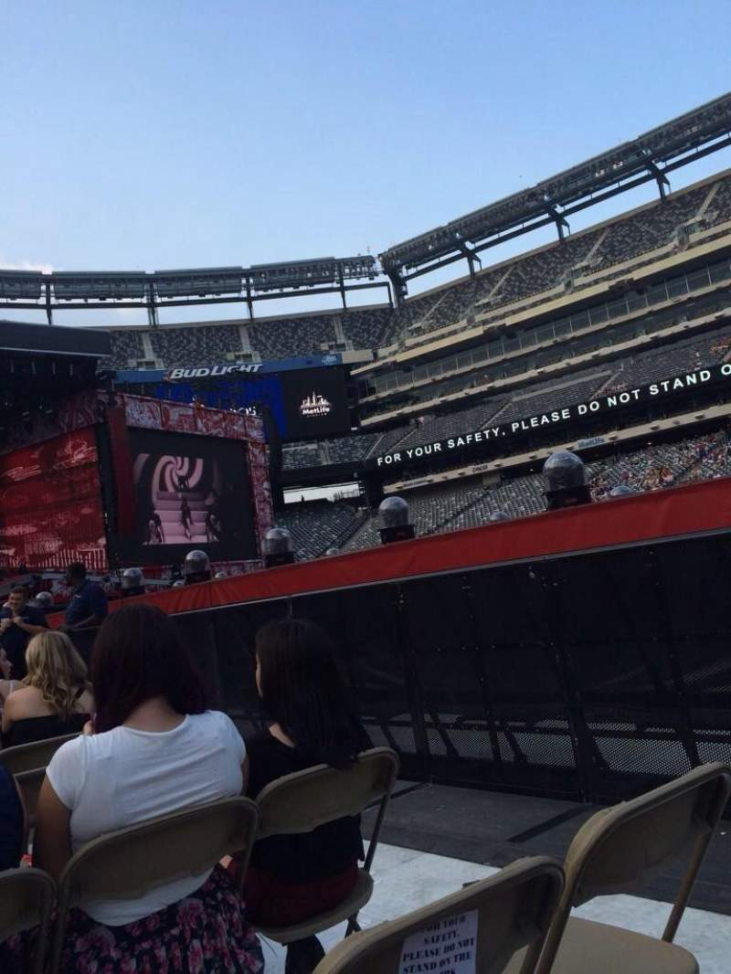 Seating view for Metlife Stadium Section 9 Row 9 Seat 41
