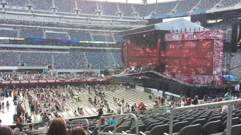 Seating view for MetLife Stadium Section 113 Row 20 Seat 3