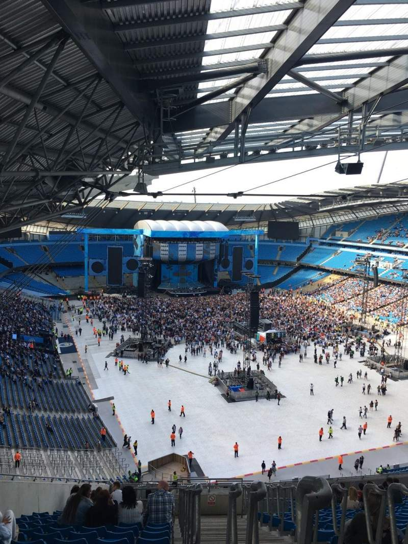 Seating view for Etihad Stadium (Manchester) Section 318 Row AA Seat 516