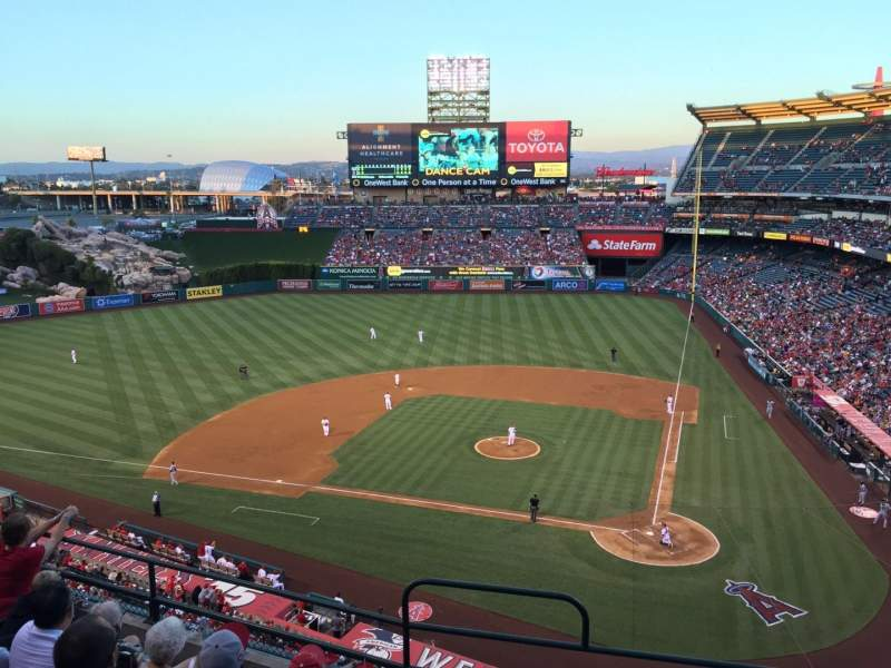 Seating view for Angel Stadium Section V415 Row F Seat 1