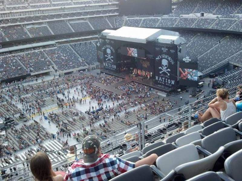 Seating view for MetLife Stadium Section 316 Row 9 Seat 15