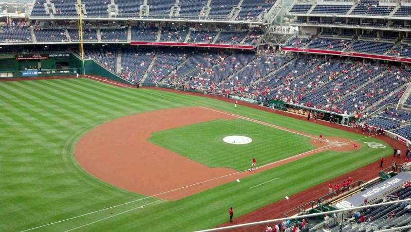 Seating view for Nationals Park Section 305 Row D Seat 21