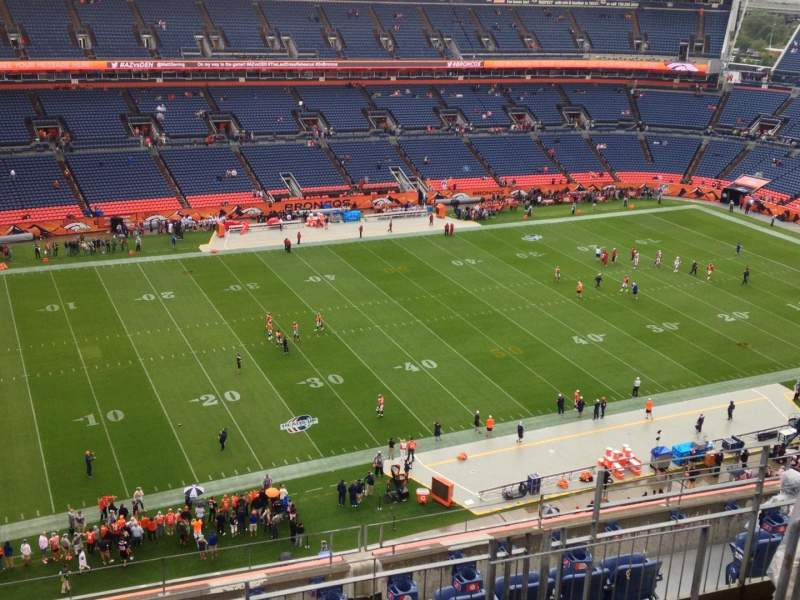 Seating view for Sports Authority Field at Mile High Section 513 Row 11 Seat 9