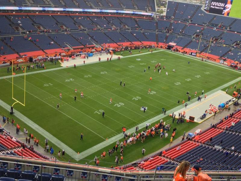 Seating view for Sports Authority Field at Mile High Section 517 Row 13 Seat 13