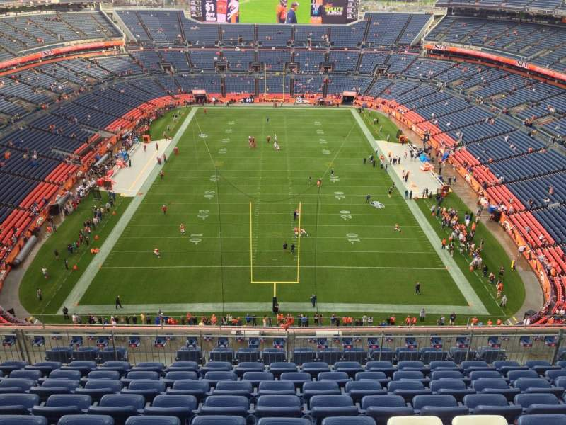 Seating view for Sports Authority Field at Mile High Section 522 Row 10 Seat 8