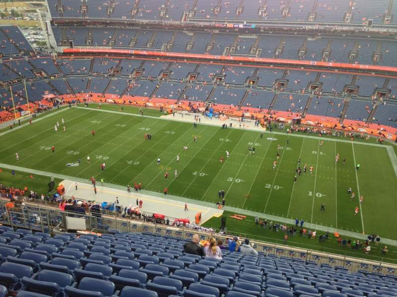 Seating view for Sports Authority Field at Mile High Section 532 Row 20 Seat 20