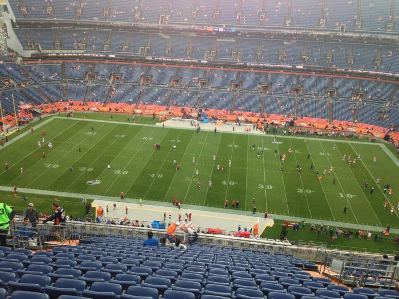 Seating view for Sports Authority Field at Mile High Section 534 Row 26 Seat 11