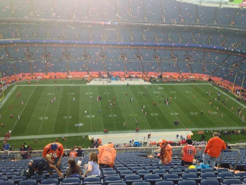 Seating view for Sports Authority Field at Mile High Section 537 Row 30 Seat 9