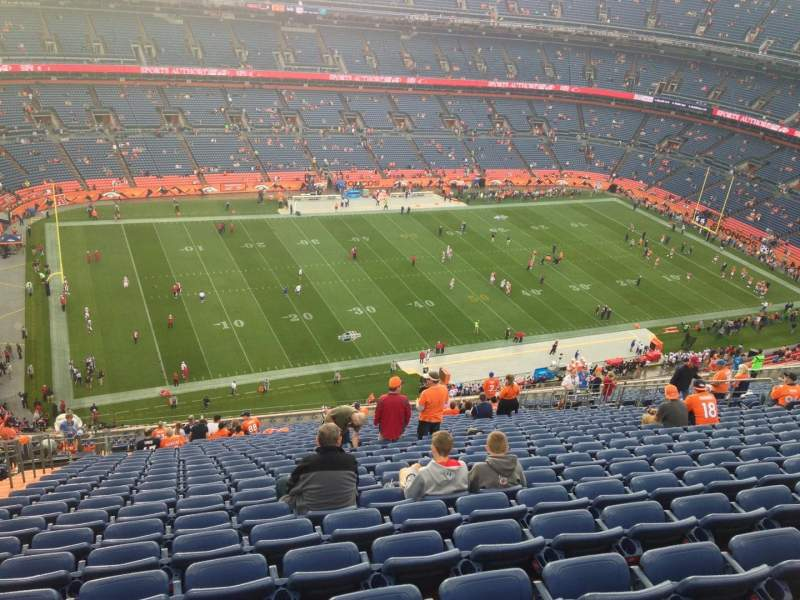 Seating view for Sports Authority Field at Mile High Section 539 Row 24 Seat 22