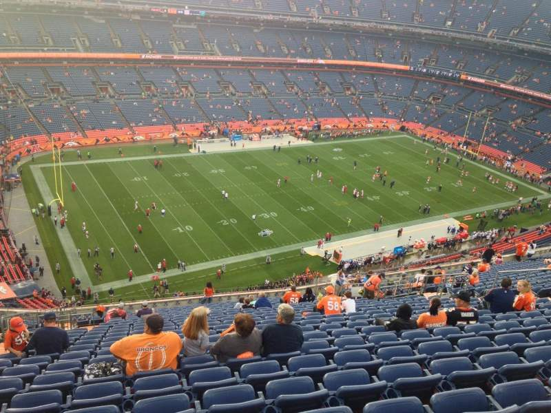 Seating view for Sports Authority Field at Mile High Section 540 Row 20 Seat 8
