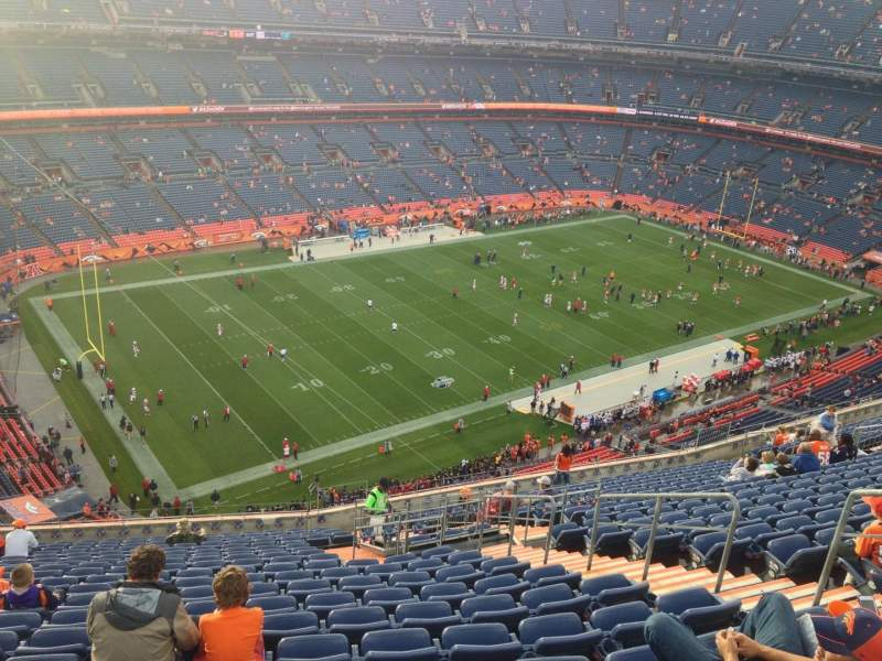 Seating view for Sports Authority Field at Mile High Section 541 Row 17 Seat 3