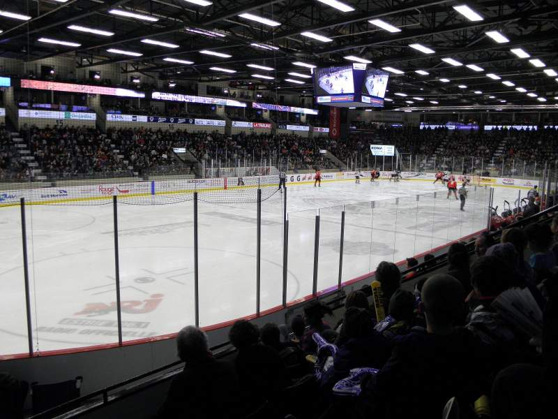 Seating view for Palais des Sports Leopold-Drolet Section 9 Row F Seat 9