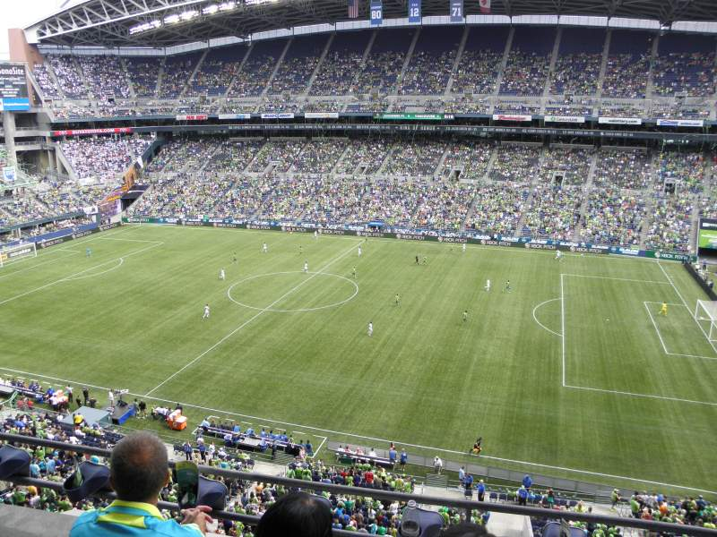CenturyLink Field, section: 332, row: C, seat: 18