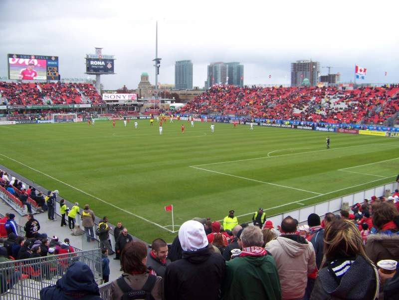 Seating view for BMO Field Section 118 Row 17 Seat 13