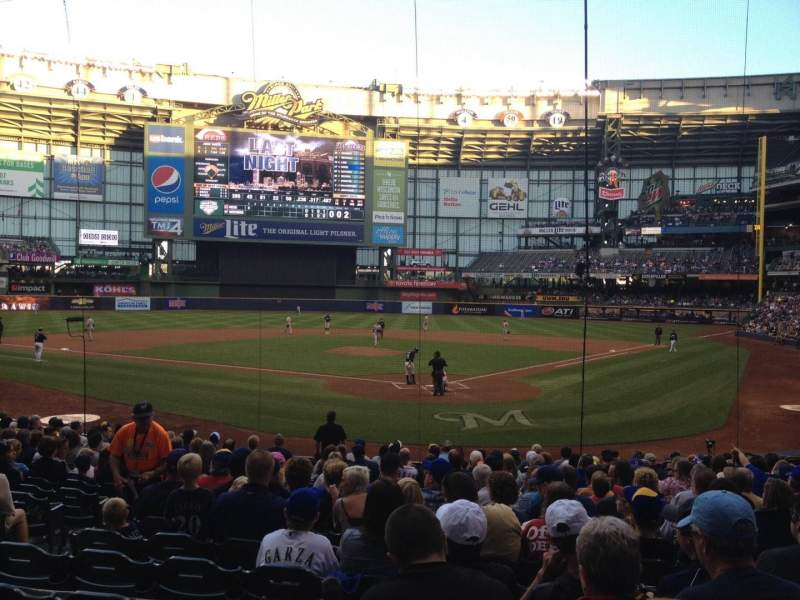 Seating view for Miller Park Section 118 Row 18 Seat 17