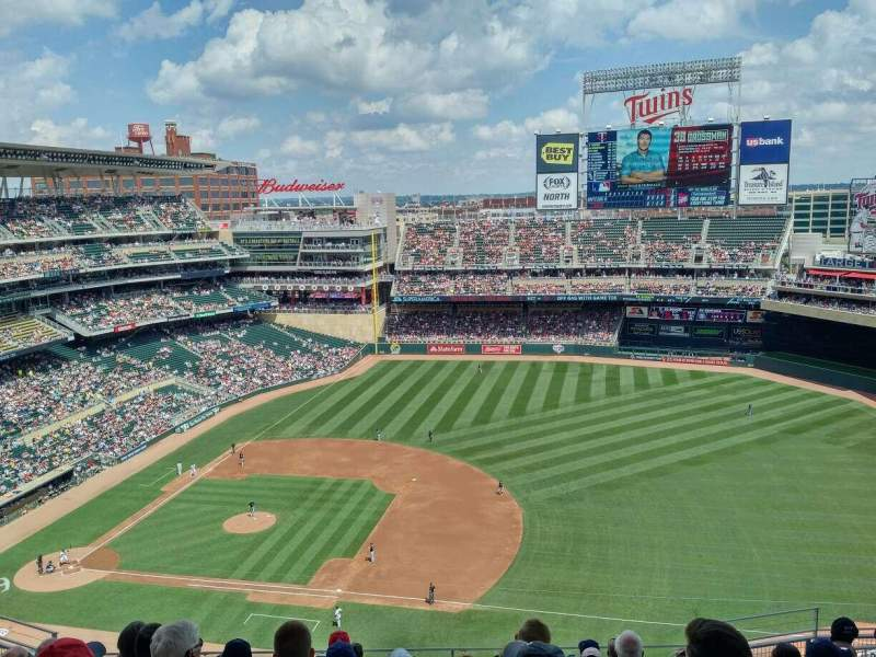 Seating view for Target Field Section 307 Row 10 Seat 7