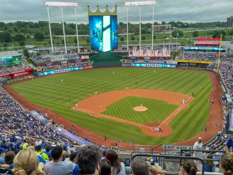 Seating view for Kauffman Stadium Section 417 Row EE Seat 21