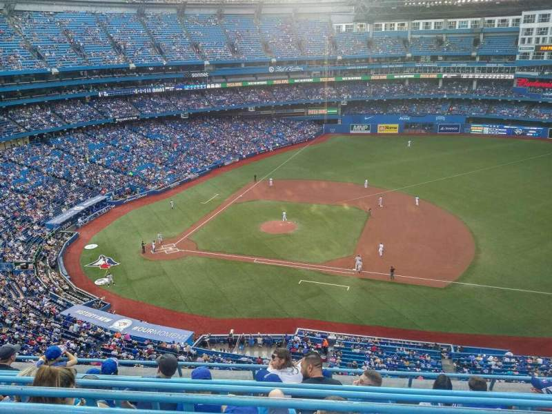 Seating view for Rogers Centre Section 517L Row 7 Seat 107
