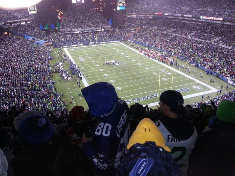 Seating view for CenturyLink Field Section 325 Row W Seat 19