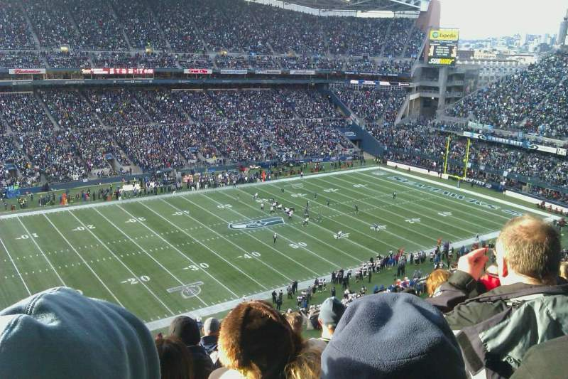 Seating view for CenturyLink Field Section 313 Row M Seat 18