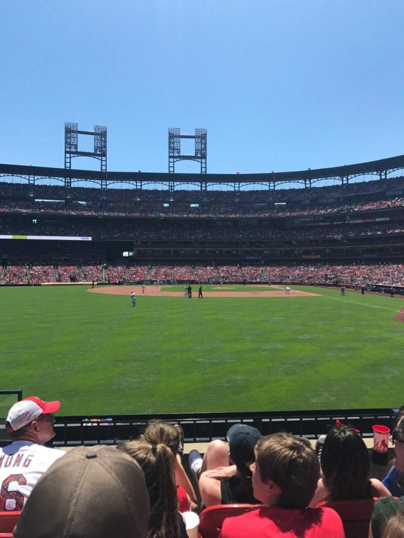 Seating view for Busch Stadium Section 172 Row 4 Seat 15