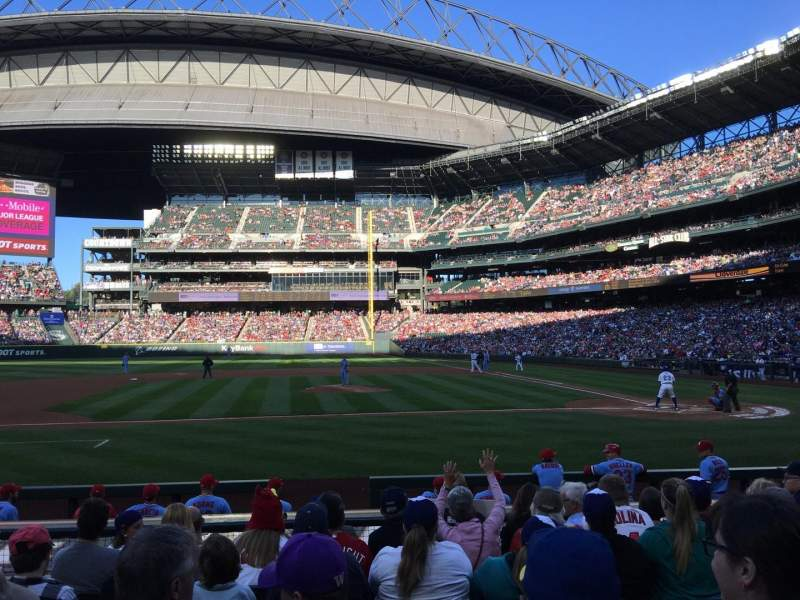 Seating view for Safeco Field Section 137 Row 12 Seat 9