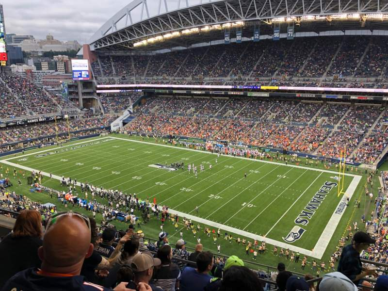 Seating view for CenturyLink Field Section 330 Row K Seat 3