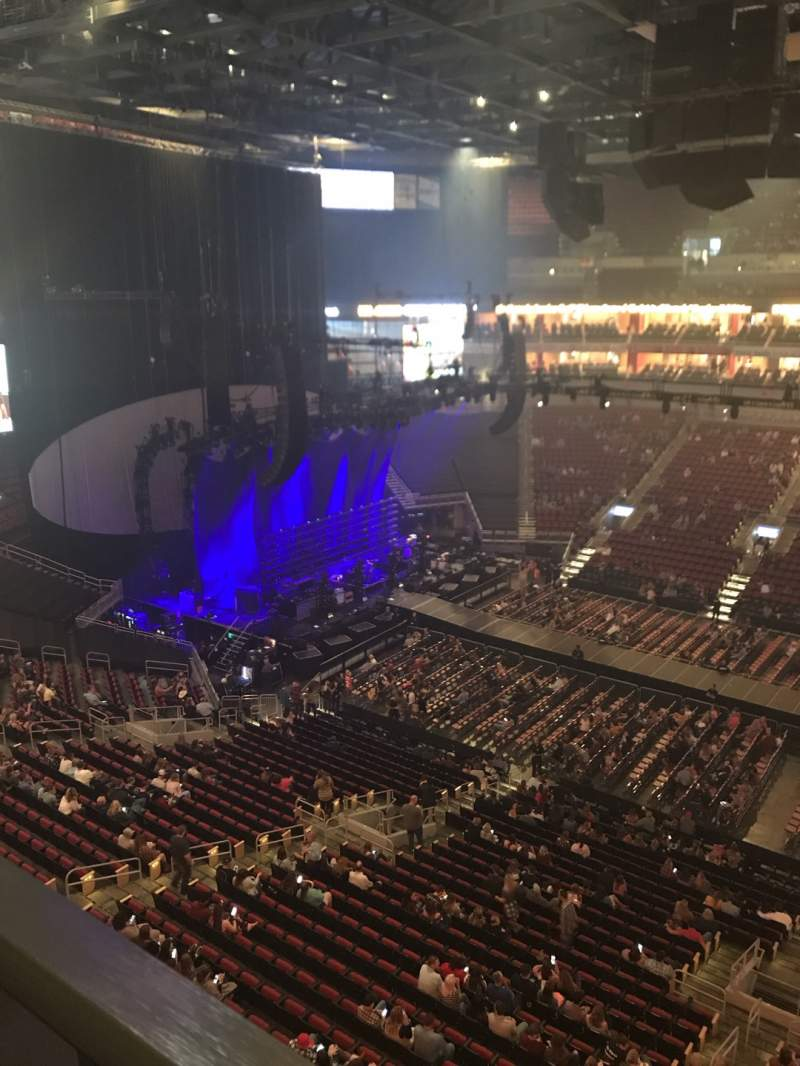 Seating view for KFC Yum! Center Section 322 Row A Seat 20