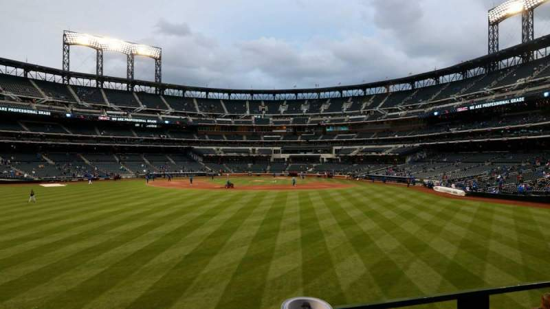 Seating view for Citi Field Section 137 Row 1 Seat 10