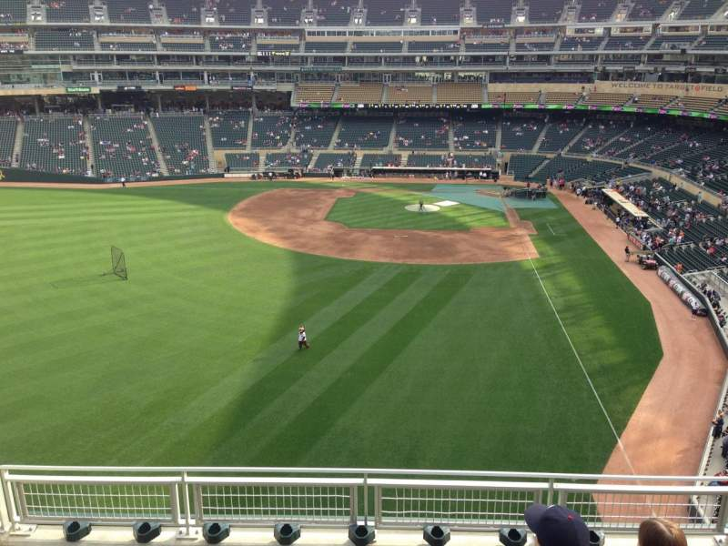Seating view for Target Field Section 329 Row 5 Seat 17