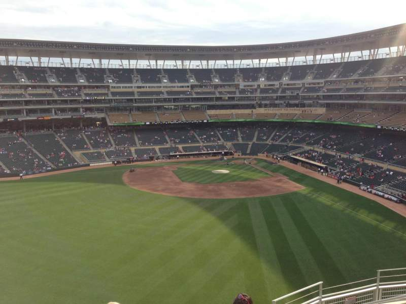 Seating view for Target Field Section 332 Row 7 Seat 7