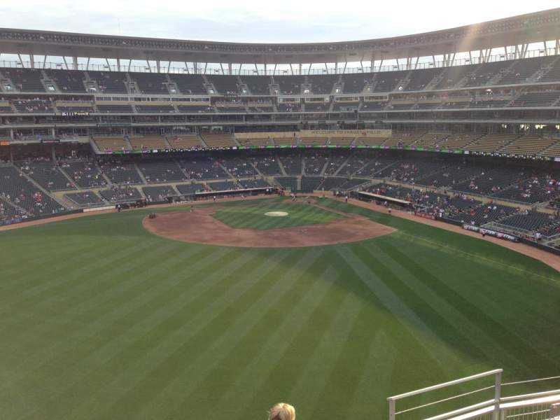 Seating view for Target Field Section 333 Row 5 Seat 5