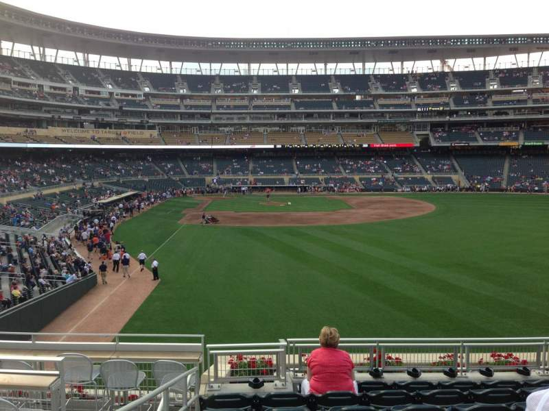 Seating view for Target Field Section 139 Row 8 Seat 5