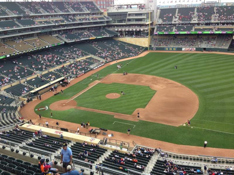 Seating view for Target Field Section 307 Row 1 Seat 9