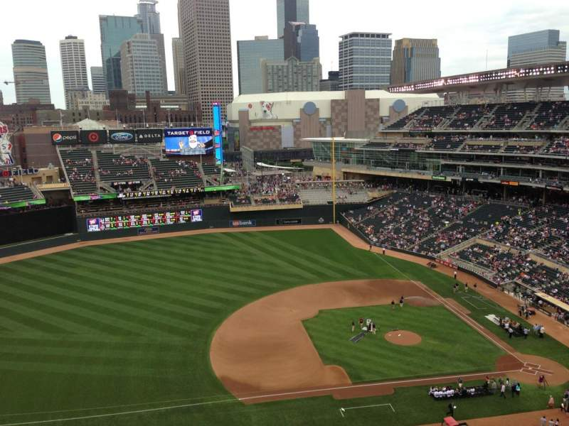 Seating view for Target Field Section 321 Row 8 Seat 7