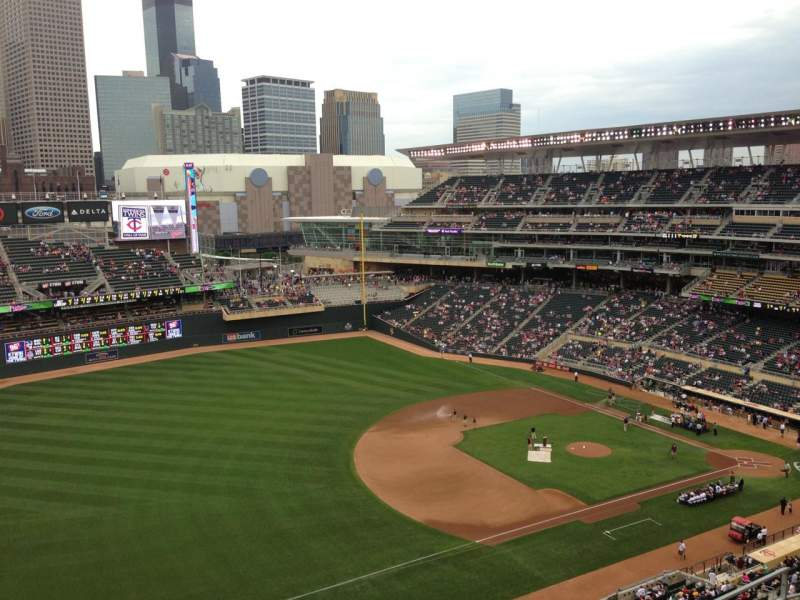 Seating view for Target Field Section 325 Row 8 Seat 4