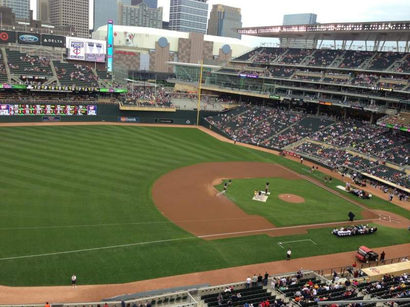 Seating view for Target Field Section 224 Row 5 Seat 6