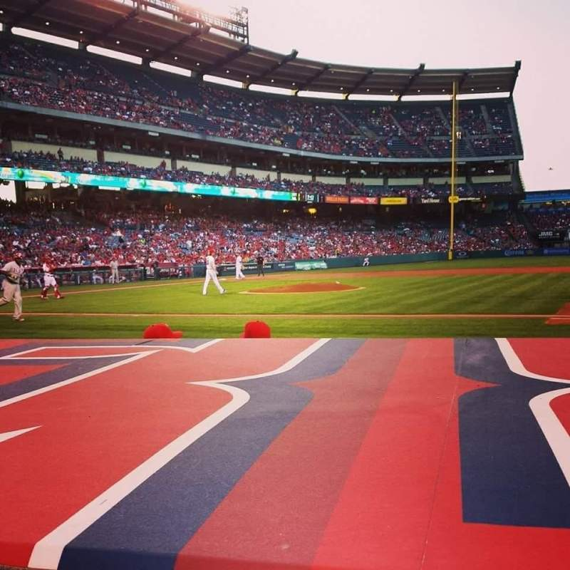 Seating view for Angel Stadium Section f125 Row c Seat 8