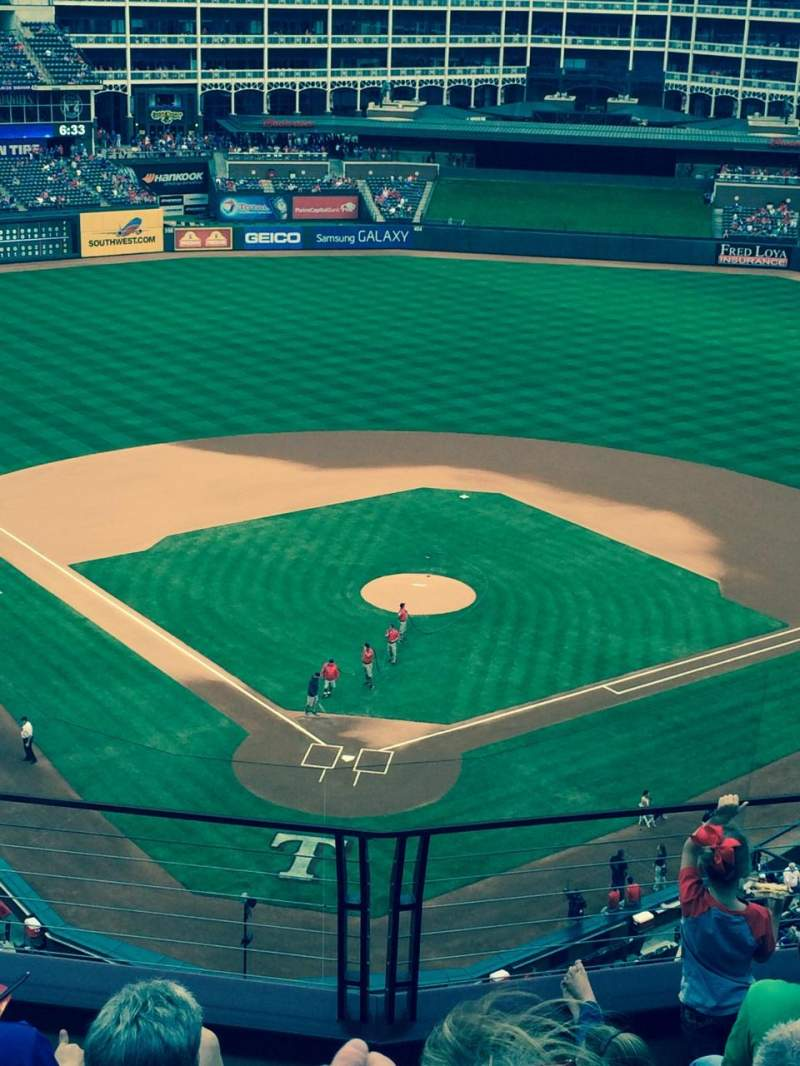 Seating view for Globe Life Park in Arlington Section 327 Row 6 Seat 9