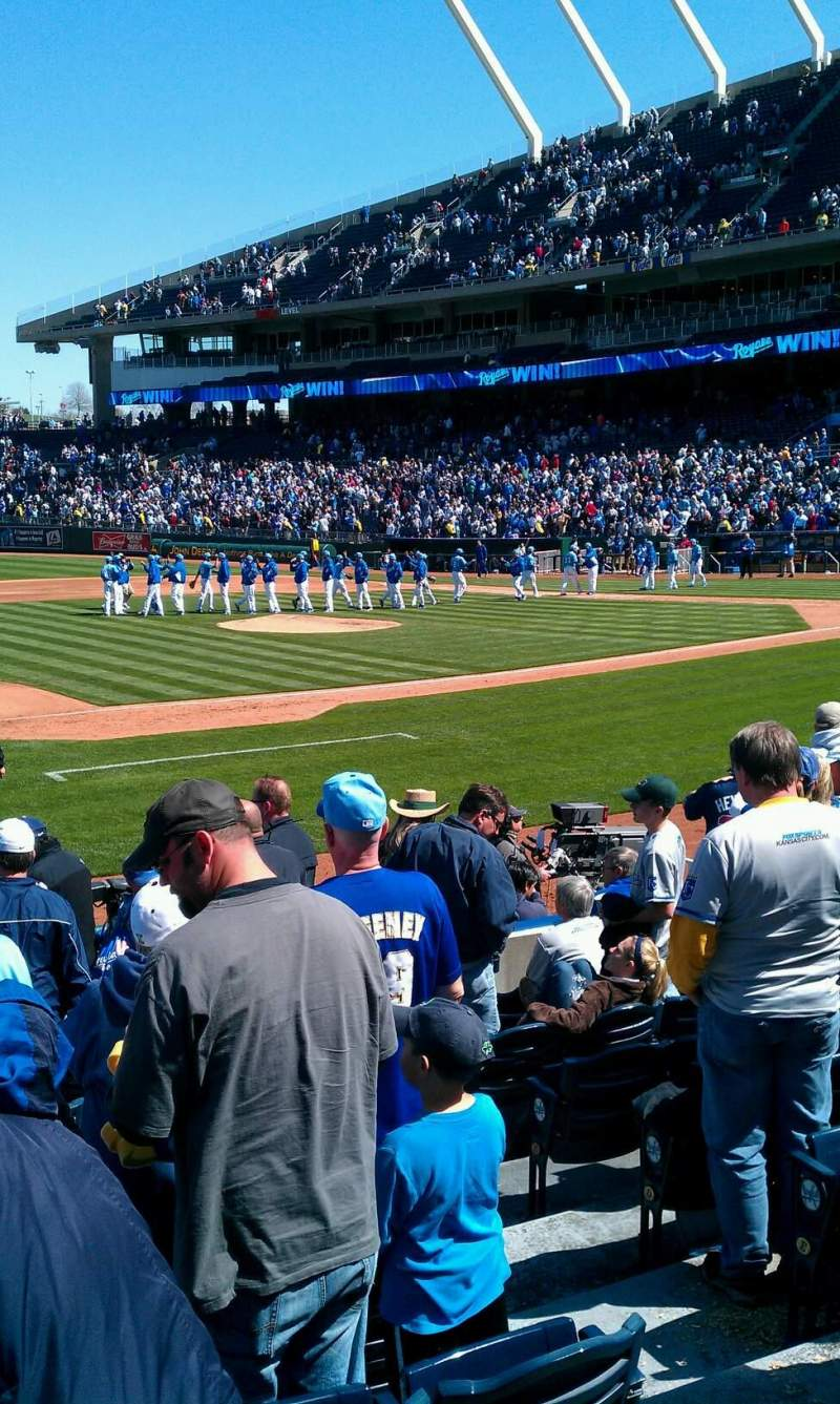 Seating view for Kauffman Stadium Section 118 Row k Seat 8