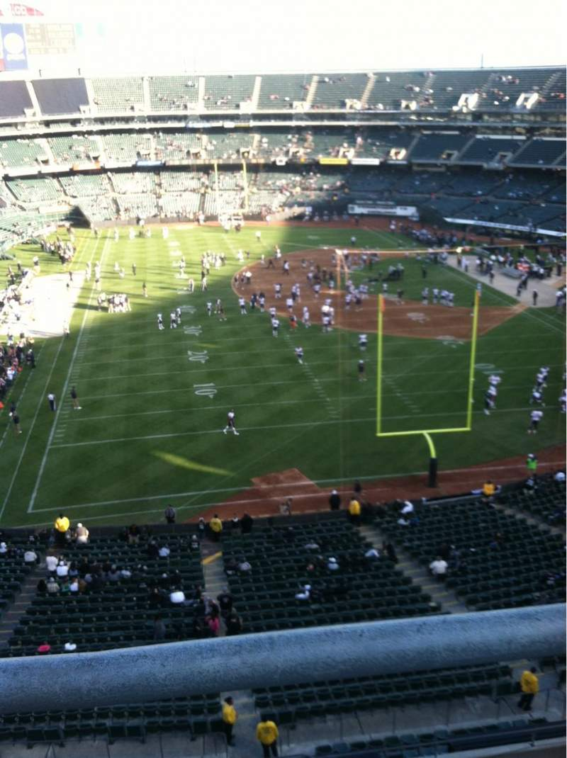 Seating view for Oakland Alameda Coliseum Section 207 Row 9 Seat 1