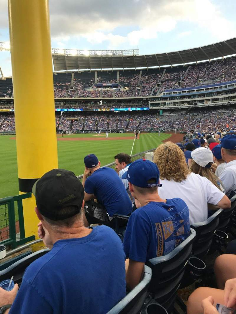 Seating view for Kauffman Stadium Section 208 Row L Seat 4