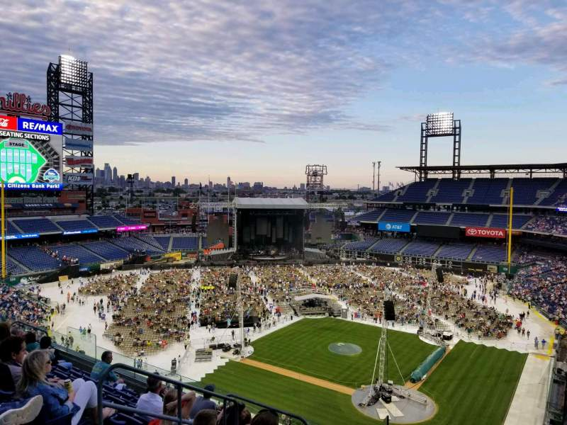 Seating view for Citizens Bank Park Section 322 Row 6 Seat 20