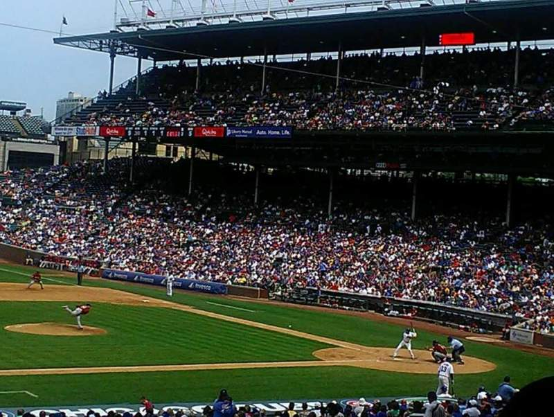Seating view for Wrigley Field Section 211 Row 7 Seat 10