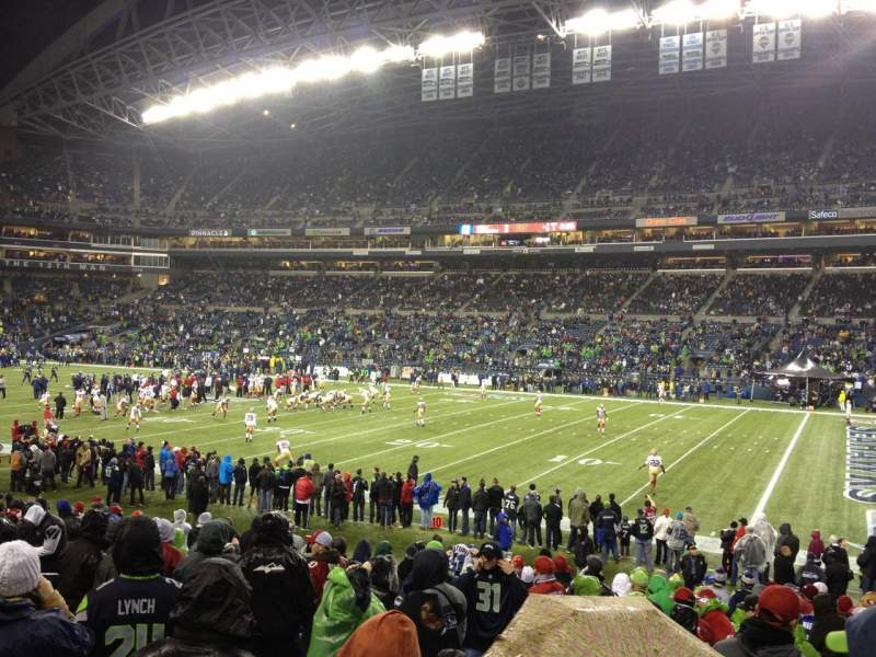 Seating view for CenturyLink Field Section 105 Row S Seat 5
